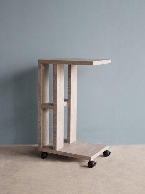 โต๊ะข้างโซฟาแบบมีล้อ กว้าง42ซม สีซีเมนต์
