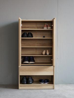 ตู้รองเท้าพร้อมช่องสอดรองเท้า สีบรูโน่แอช